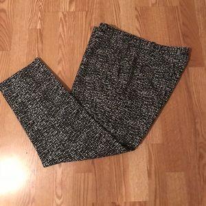 Women- GAP cropped ankle pants